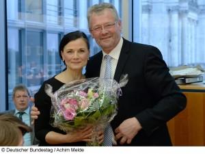 Stabwechsel im Bundestagsausschuss für Ernährung und Landwirtschaft: Der CDU-Wahlkreisabgeordnete Alois Gerig (rechts) übernimmt den Ausschussvorsitz von Gitta Connemann (links). (Foto: Deutscher Bundestag / Achim Melde)